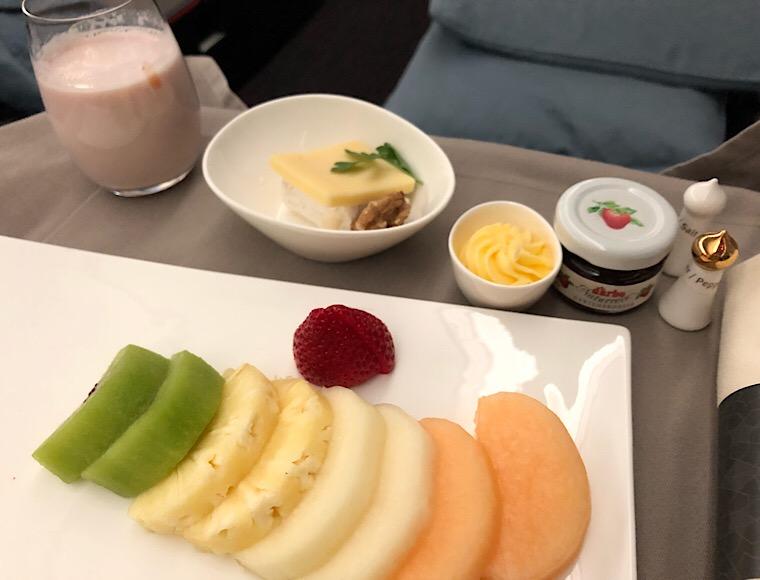 TK055の朝食1 フルーツ