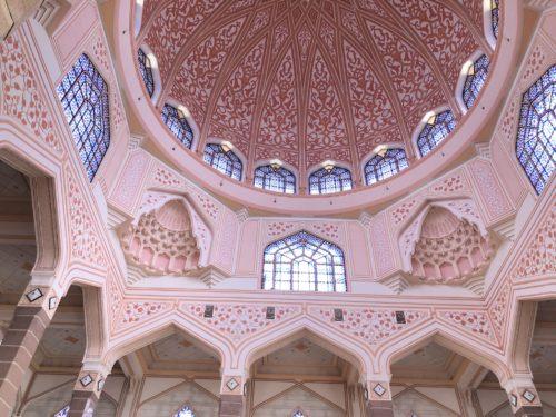 ピンクモスク天井