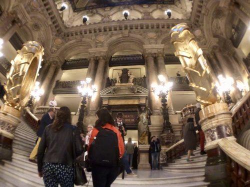 オペラガルニエの階段