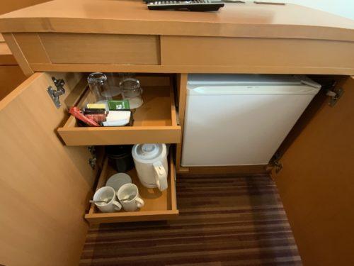ドリンクと冷蔵庫
